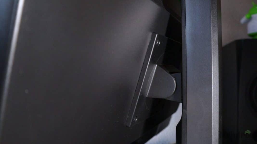 Peana articulada del BenQ GW2765HT