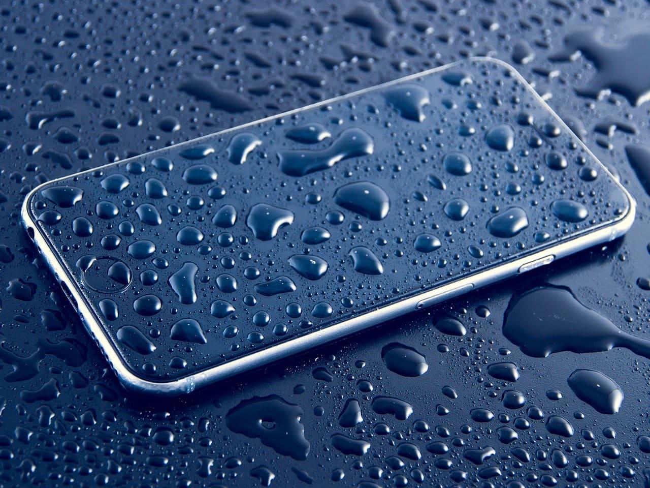smartphone-resistente-al-agua