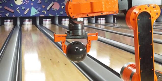 video-robot-jugando-bolos-viral
