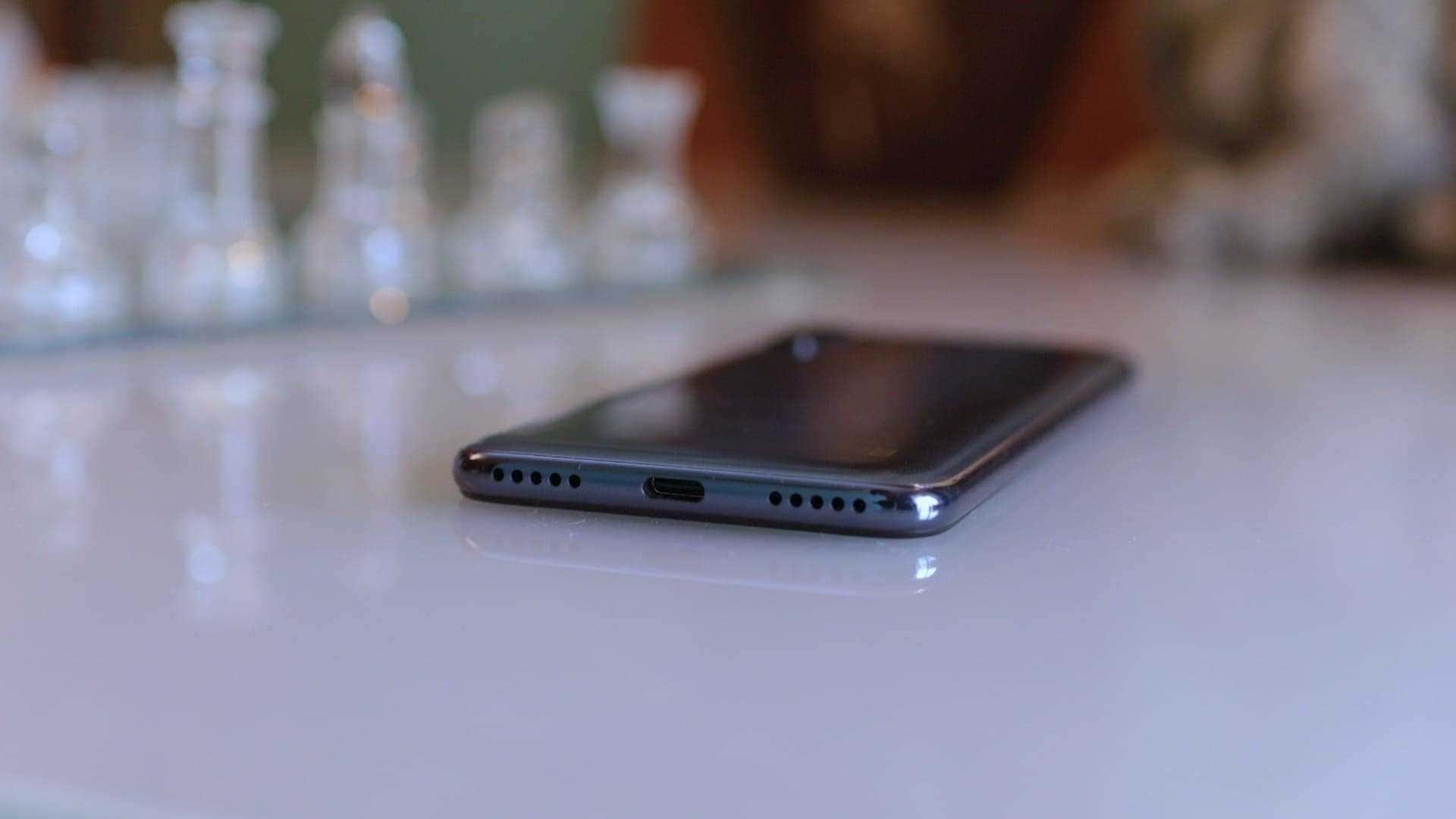 parte-inferior-Xiaomi-Mi-A3