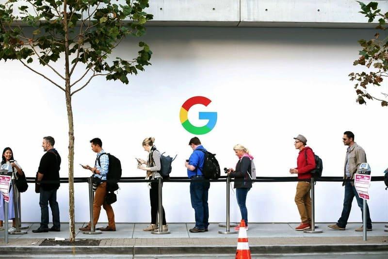trabajadores-google-cola