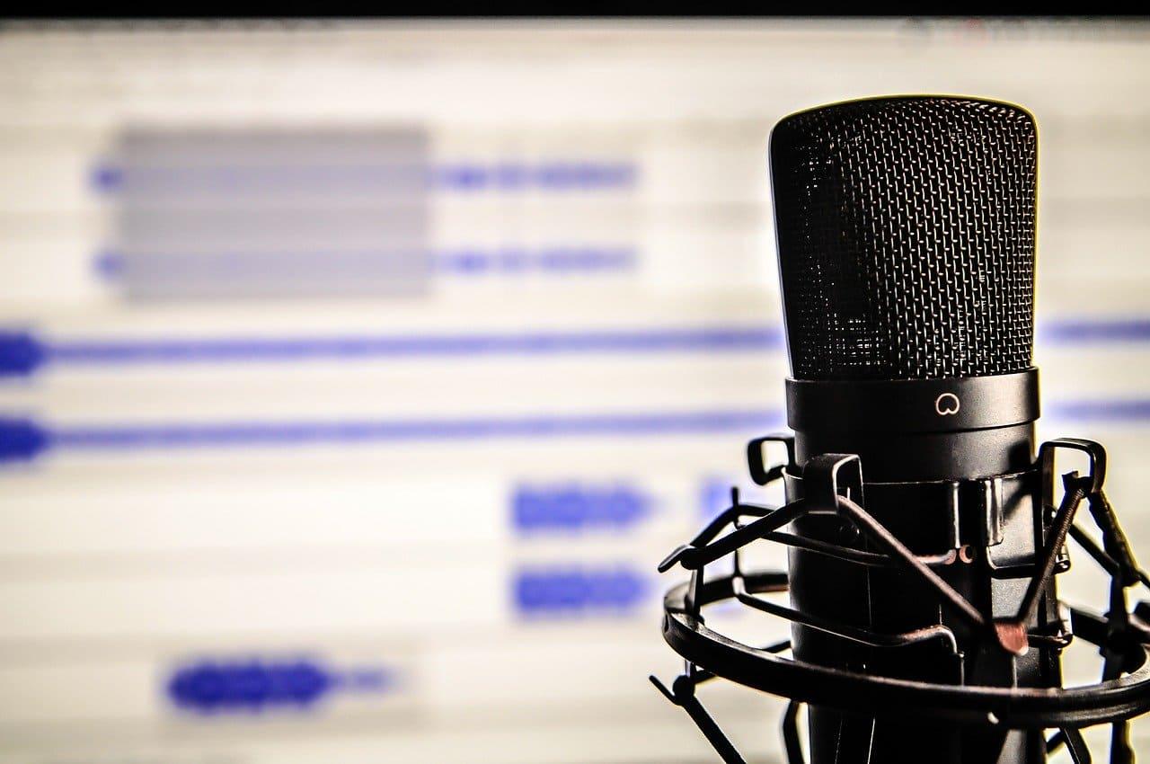 microfono-para-podcast