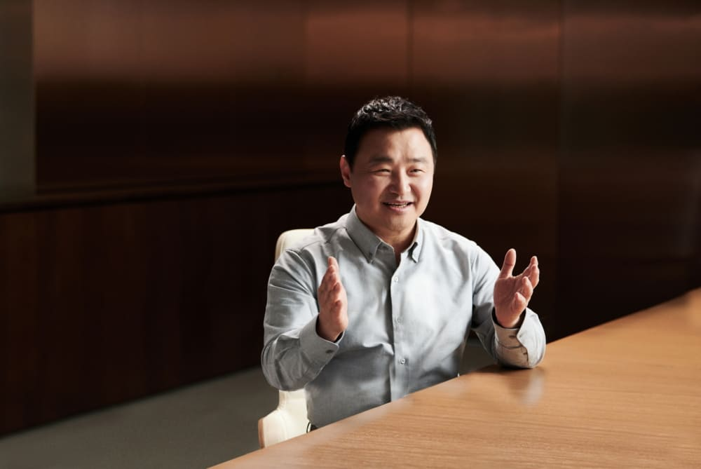 CEO-Samsung-Mobile-Next-Normal-Editorial
