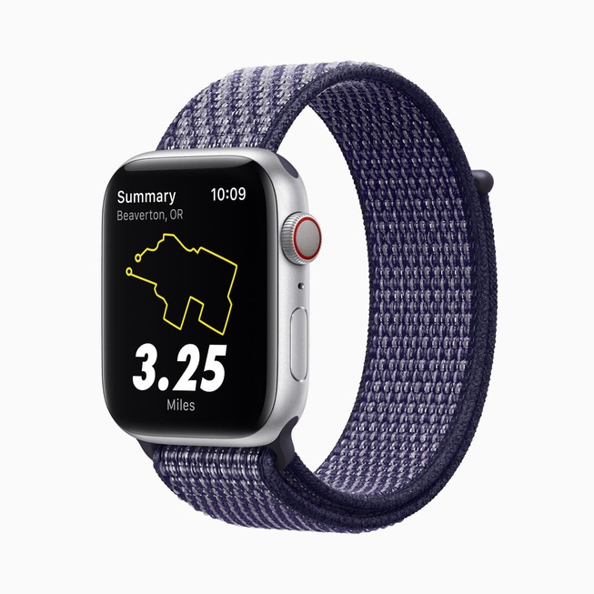 Apple_watch-series-6-aluminum-silver-case-nike-watch-purple-band_09152020