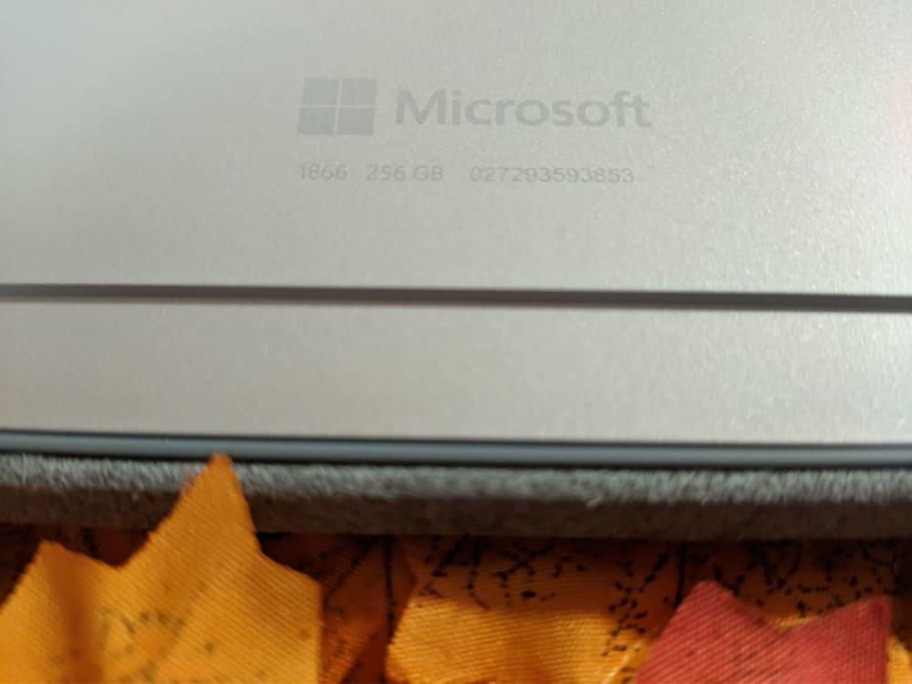 microsoft-surface-pro-7-ordenador-convertible-seriegrafia