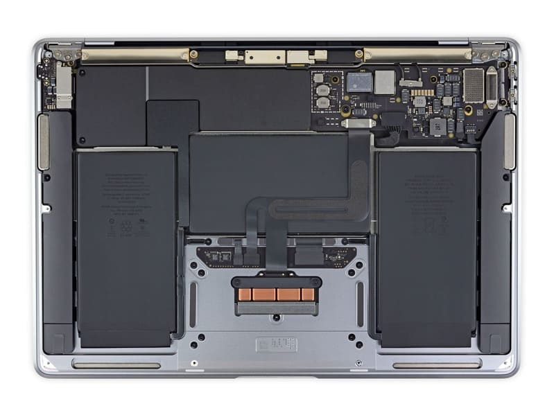interior-MacBook-Air-chipset-M1