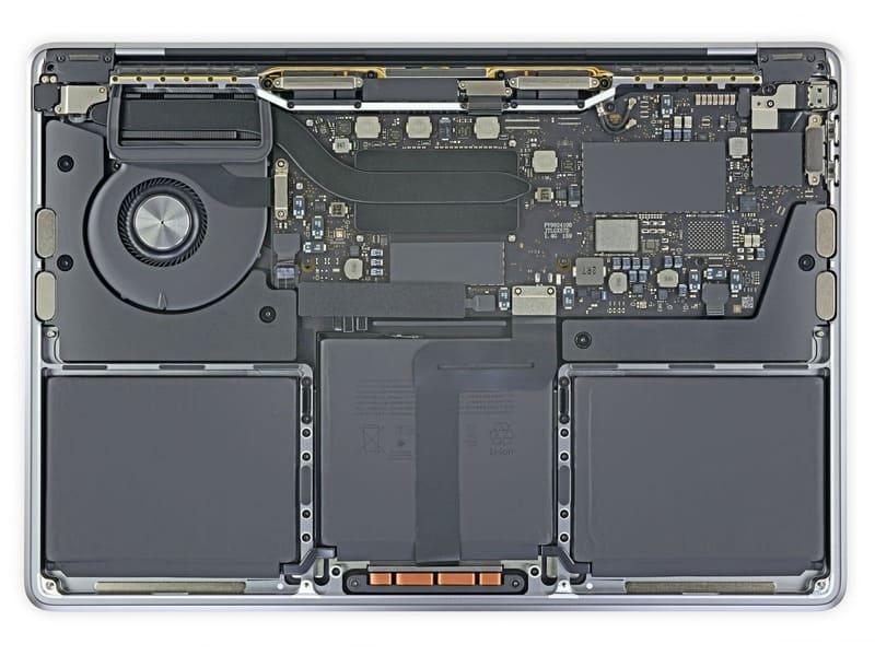 interior-MacBook-Pro-2020-Intel