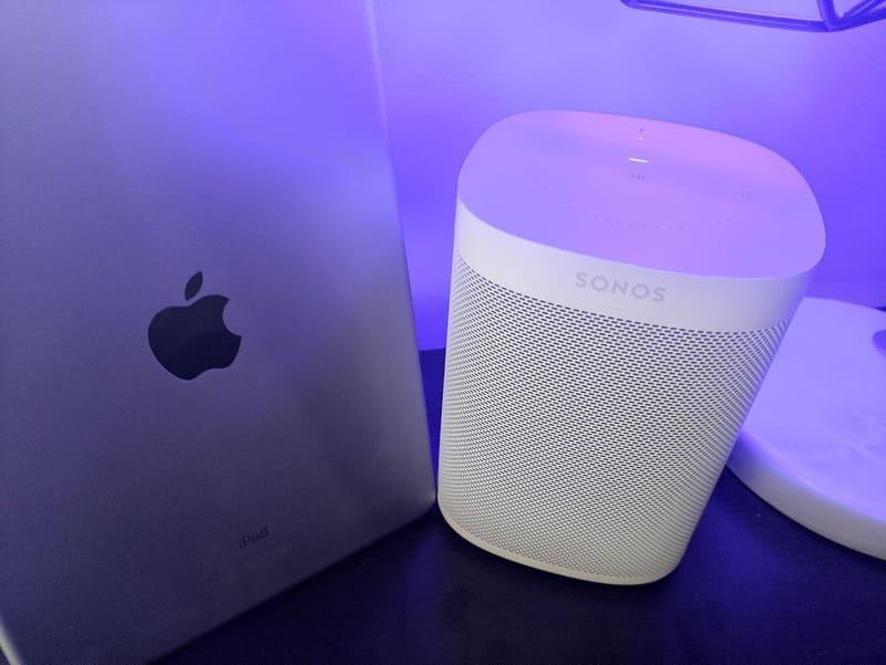 sonos-one-apple-ipad