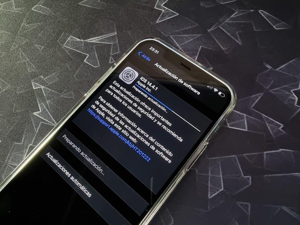 actualizacion-Apple-iOS-14.4.1-y-iPadOS-14.4.1