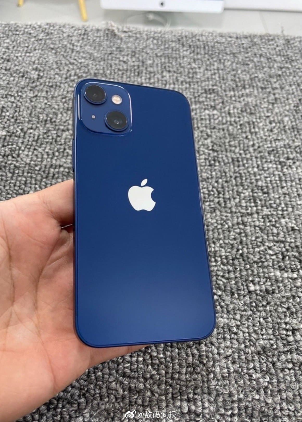 prototipo-iPhone-13-mini