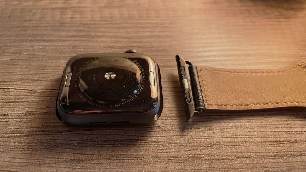 Como-cambiar-correa-Apple-Watch