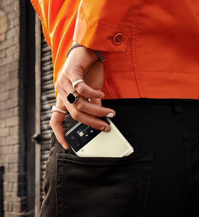 diseño-compacto-Galaxy-Z-Flip3