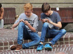 niños-uso-smartphone-Internet