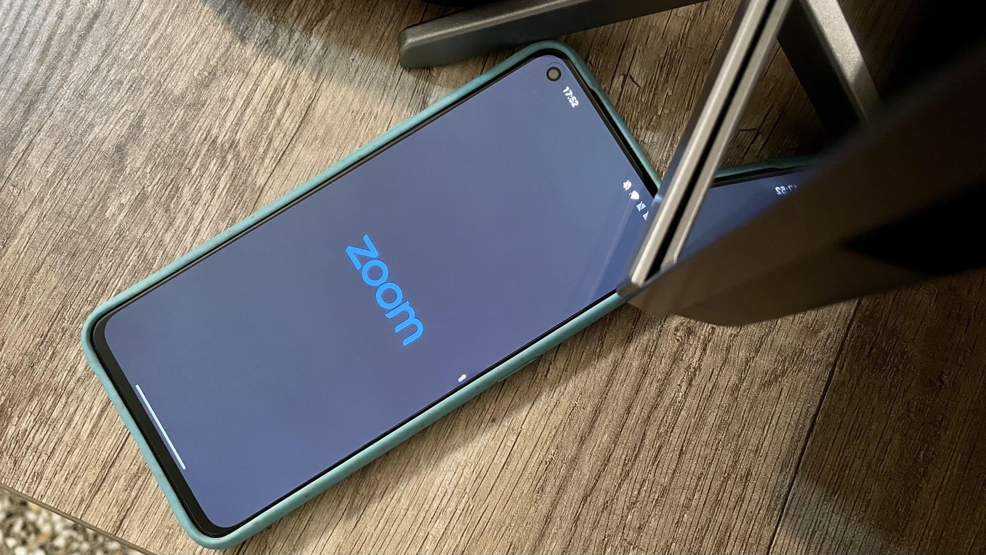 smartphone-aplicacion-Zoom