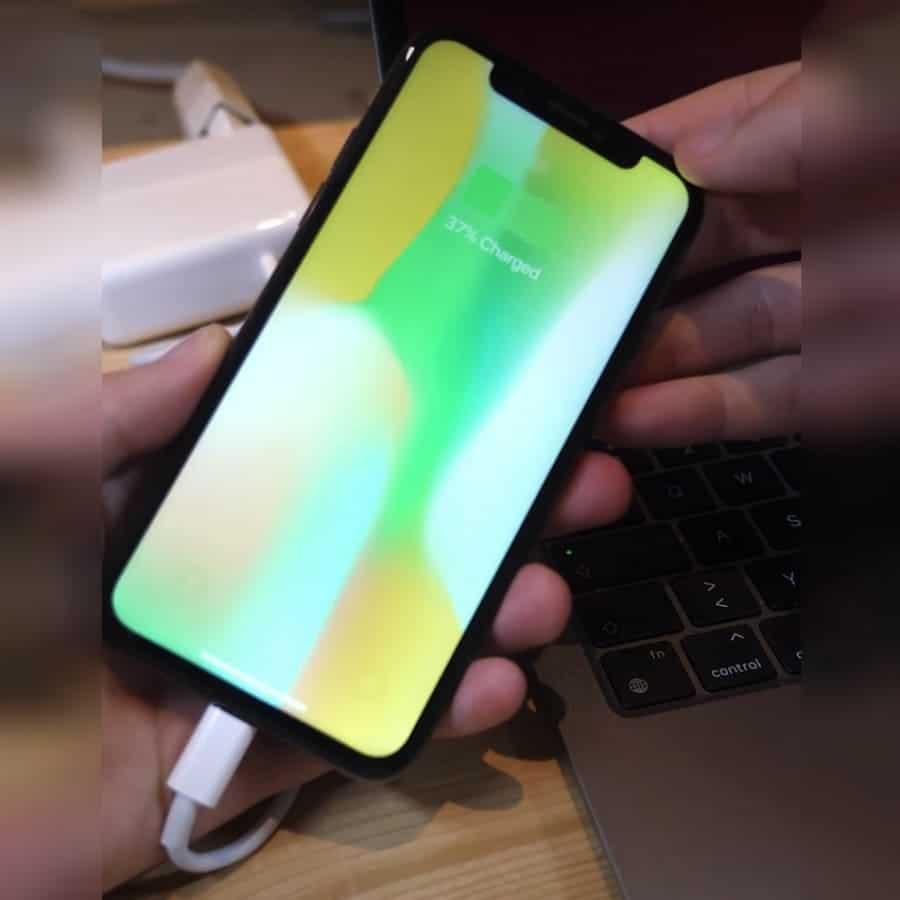 crean-iPhone-X-puerto-USB-C
